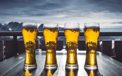 Nyd en kold øl i et rigtigt ølglas